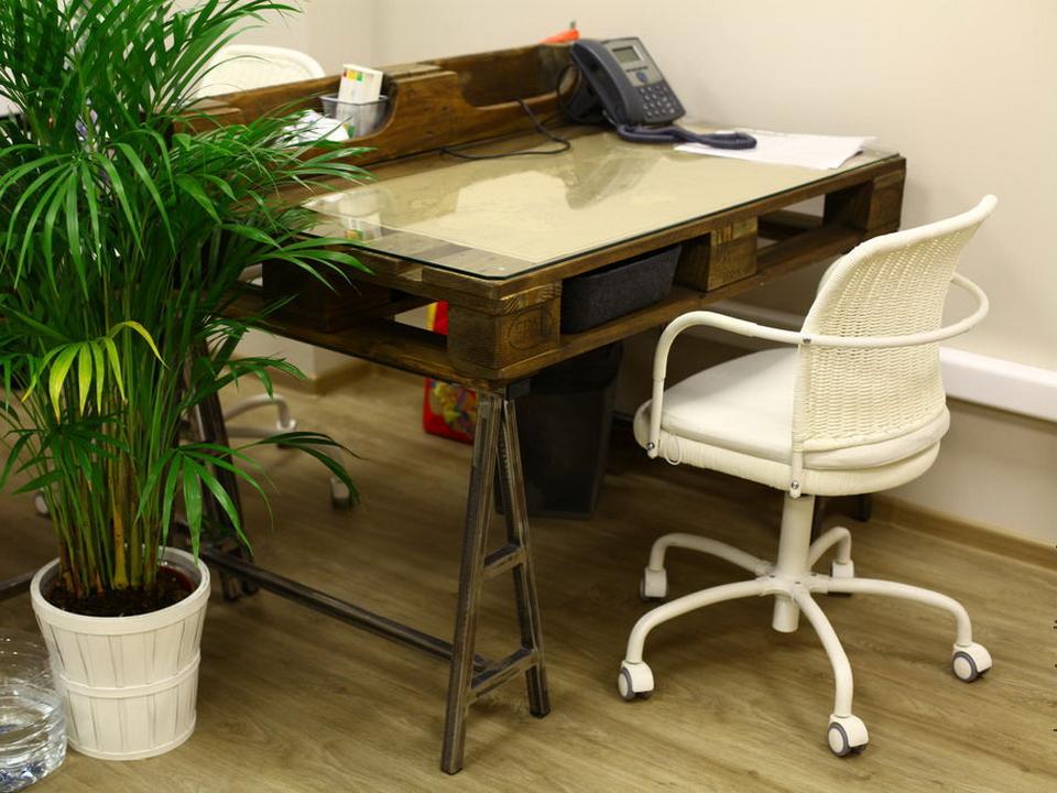 Компьютерный стол своими руками видео фото 164