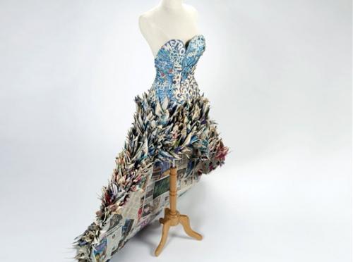 платье,оригами,газета,журналы,сделай сам,поделки,Лондон музей науки, поделки