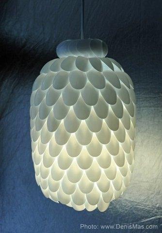 лампа,ложки,боклашка,бутылка,пластмасса,дизайнер
