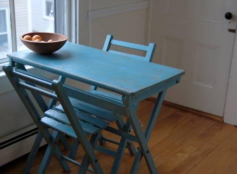 квартира,фото,дизайн,синий стол,винтажная мебель,дерево
