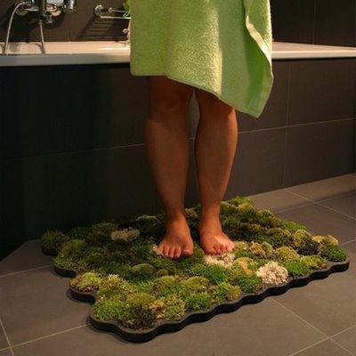 коврик,коврик в ванную,ванная,ноги,зеленый коврик,мох