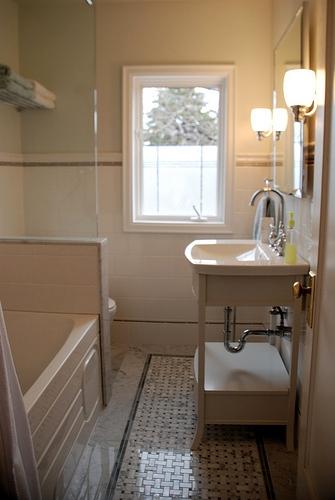 ванная,ворота,до и после,душевая,плитка,раковина,ремонт,сантехника,смесители,шлагбаум