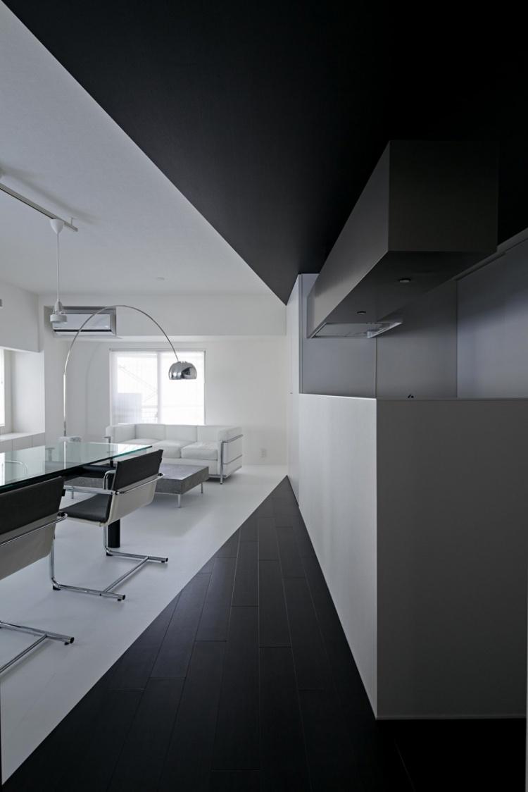 квартира,фото,минимализм,япония,черный белый,интерьер,опенс спейс,кухня,гостиная,спальня,туалет,окна