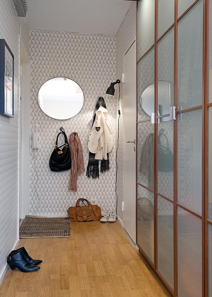 прихожая,туфли,шкаф  купе,Швеция,скандинавский дизайн