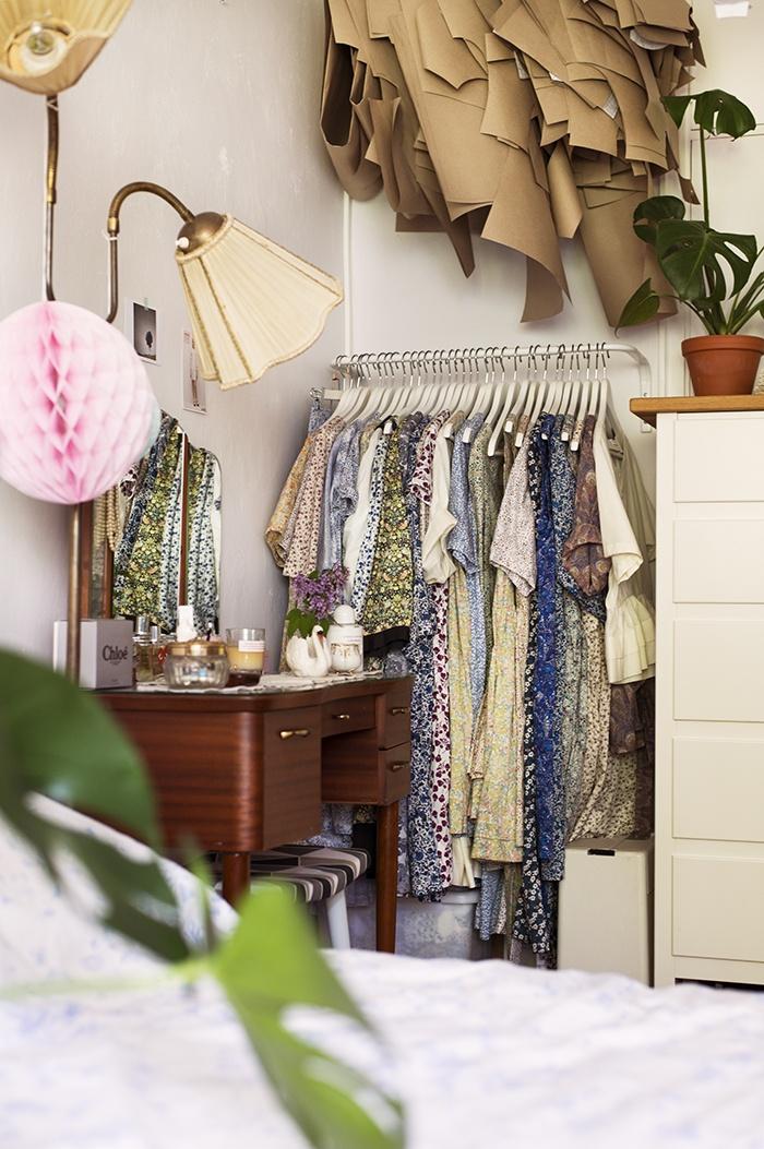 гардероб,одежда,постель