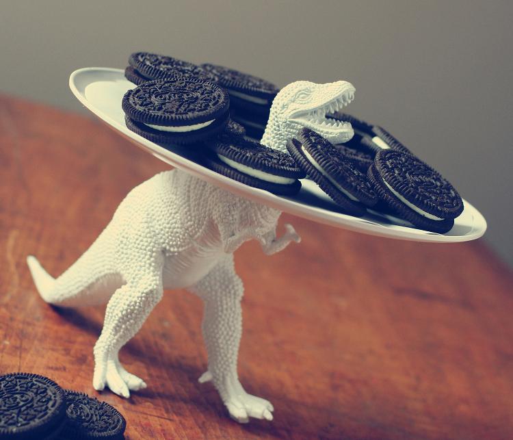 динозавр,игрушка,блюдо,печенье,орео