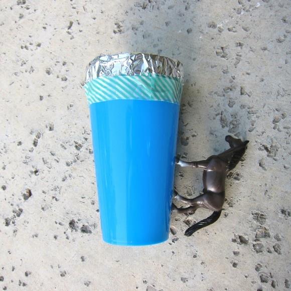 кружка,поделки для детей,пластиковые стаканы,из игрушек