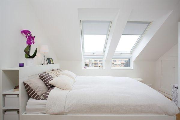 спальня,квартира 45кв,мансарда,кровать,окно