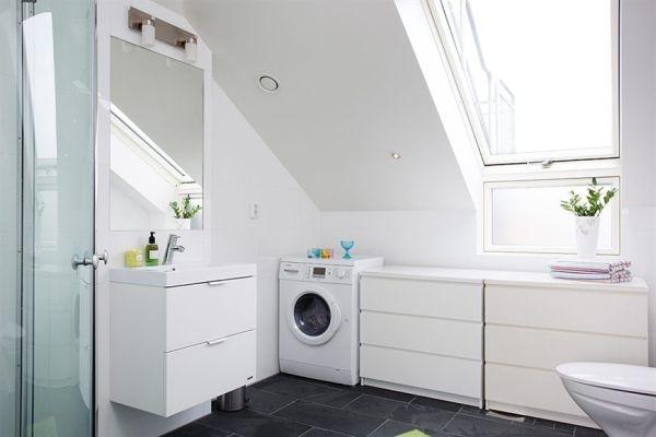 ванная,квартира 45кв,мансарда,окно,туалет
