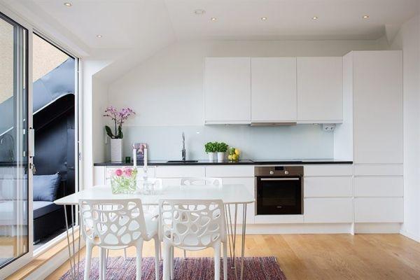 квартира,45кв,мансарда,кухня,балкон
