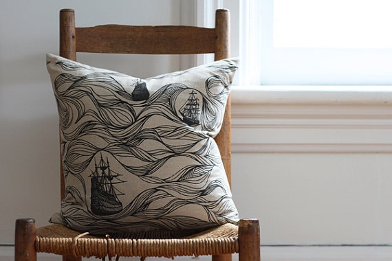 стул и подушка