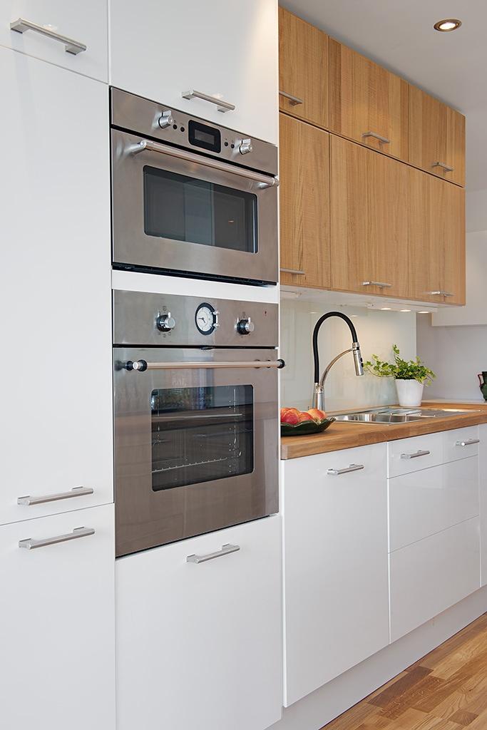 белая квартира,ремонт,фото,4х комнатная,кухня,техника
