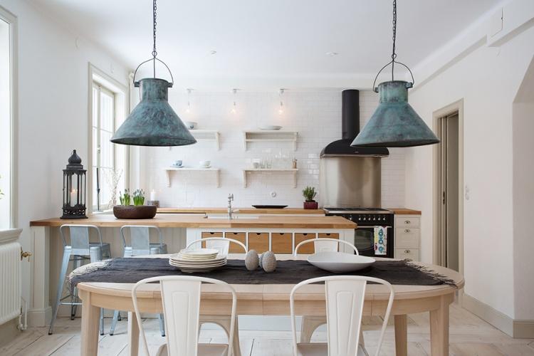 деревенский стиль,квартира,фото,интерьер квартиры, столовая, винтажные лампы
