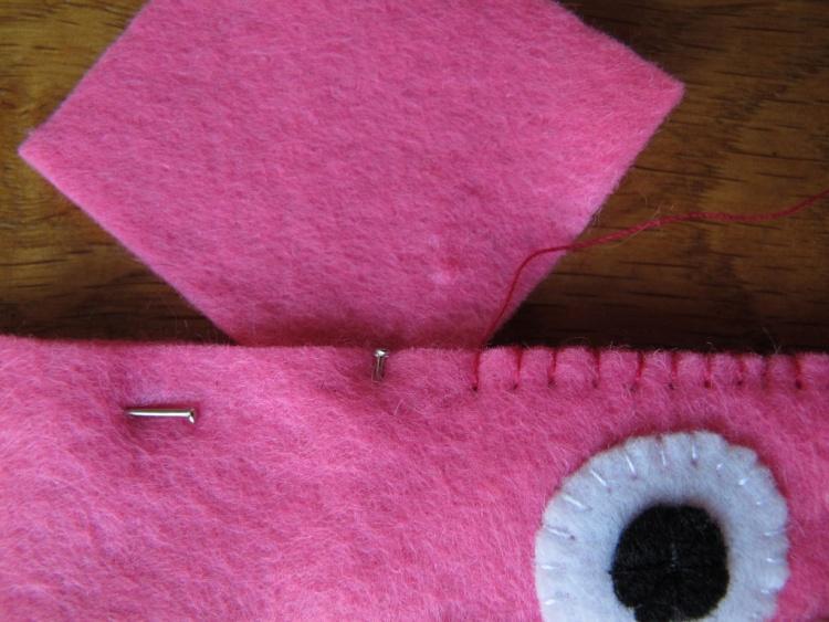 книга,хрюшка,поделка,как сделать,своими руками,поделки для шитья, детские поделки