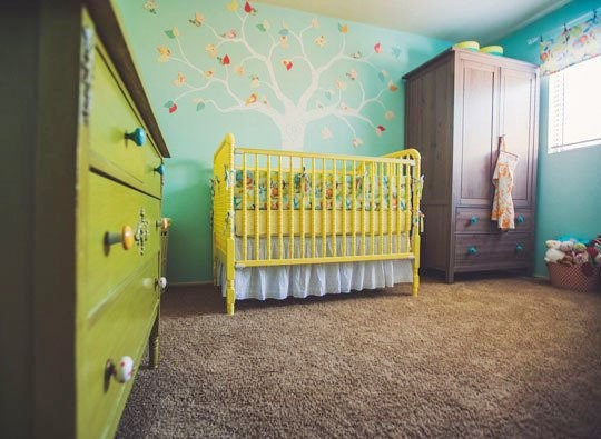 детская комната,крашение стен